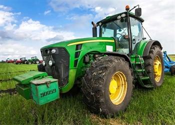 Børnetæppe - Grøn traktor - 100x140 cm - Blødt og lækkert Fleece tæppe - Borg Living